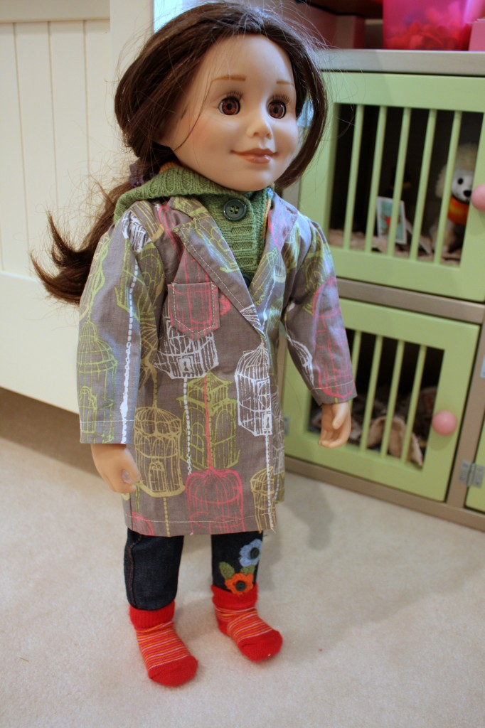 lab coat also fits over sweaters - on Ava's Maplelea doll Taryn