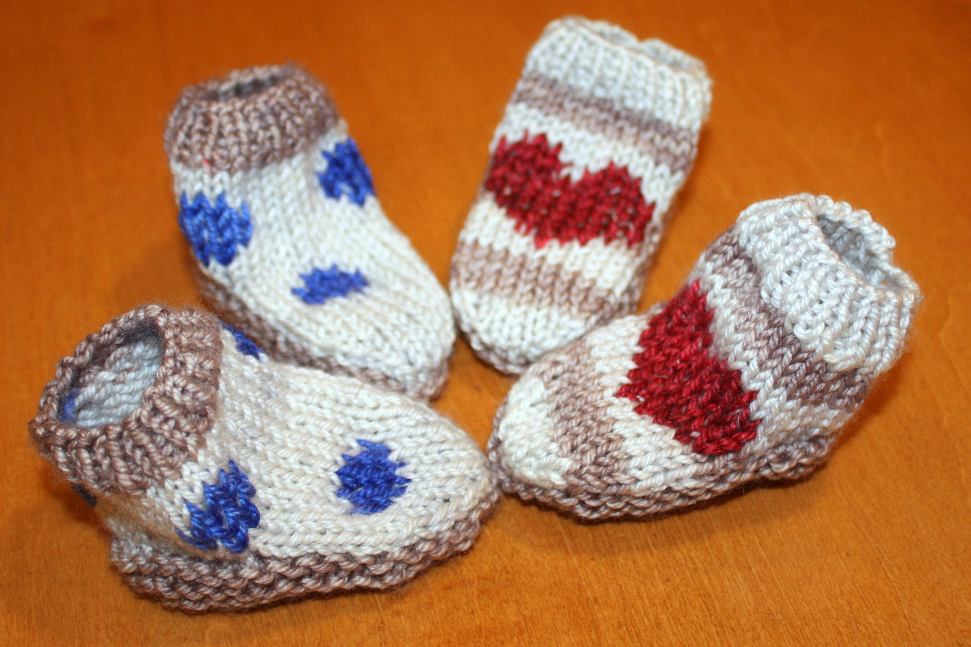 Post image for free pattern from purl soho, baby mocs